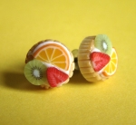 Rainbow Fruit Tart Earrings por ~PetitPlat